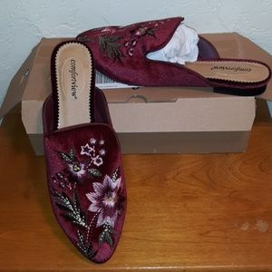 Comfort View Taylor Flat Mule NWT